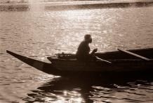 ©1987 Saint-Louis au Sénégal. Eaux, lumières et alizés Un cocktail de liberté