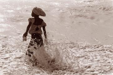 ©1987 Saint-louis au Sénégal. Marée montante, Vague arrogante