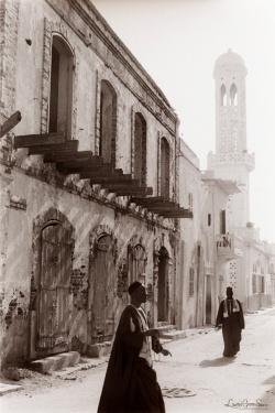 ©1987 Saint-Louis au Sénégal. Comme la fin d'une histoire Et la prière pour seul espoir.